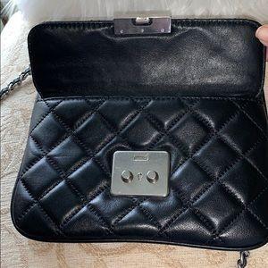 Michael Kors Bags - Michael Kors Sloan Medium Crossbody